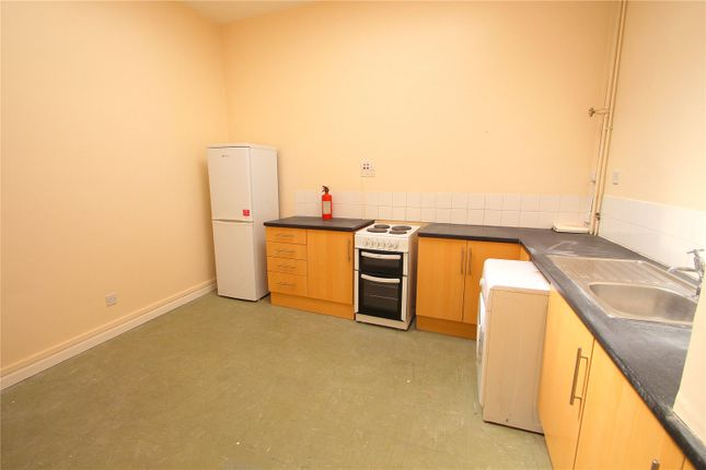 Flat to rent in East Street, Bedminster, Bristol