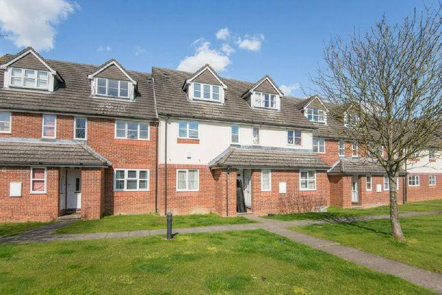 Thumbnail Maisonette to rent in Derwent Close, Little Chalfont, Amersham