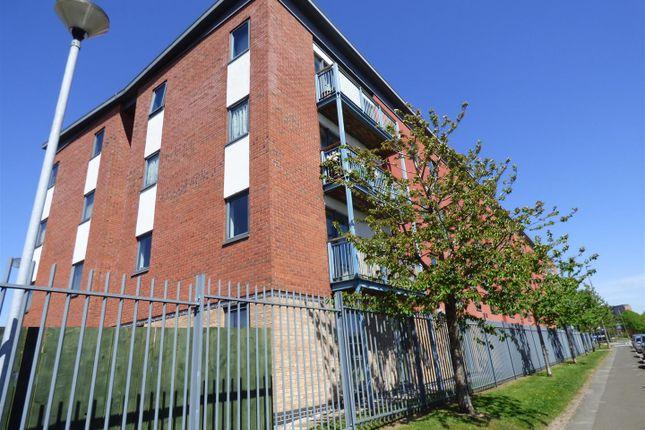 2 bedroom flat for sale in Ordsall Lane, Salford