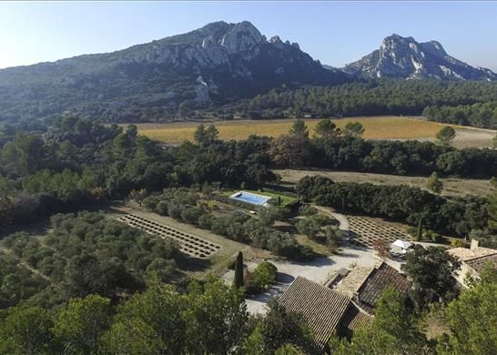 Thumbnail Property for sale in 13810 Eygalières, France