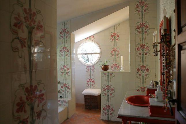 Art Nouveau Tiled Bathroom