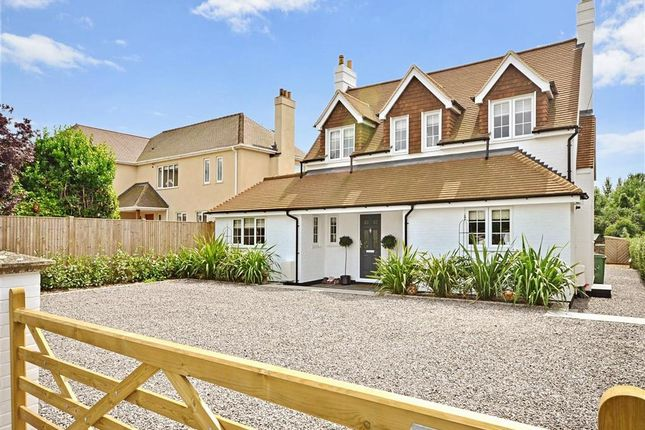 Thumbnail Detached house for sale in Walnut Tree Lane, Maidstone, Kent