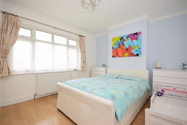 Bedroom 3 of Ellesmere Close, London E11