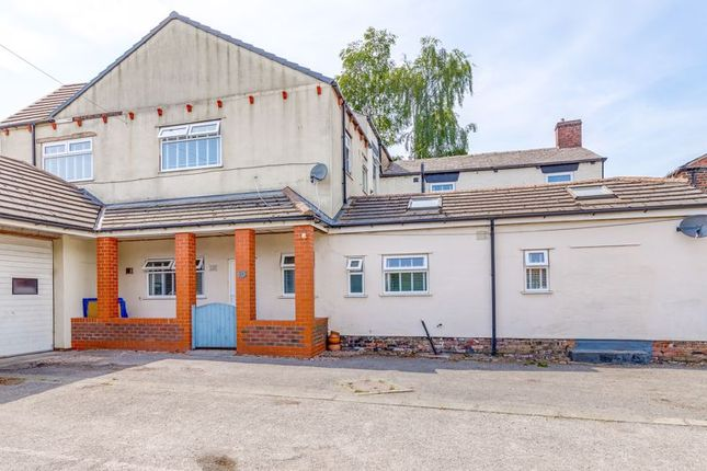 3 bed terraced house to rent in Manchester Road, Ince, Wigan WN2