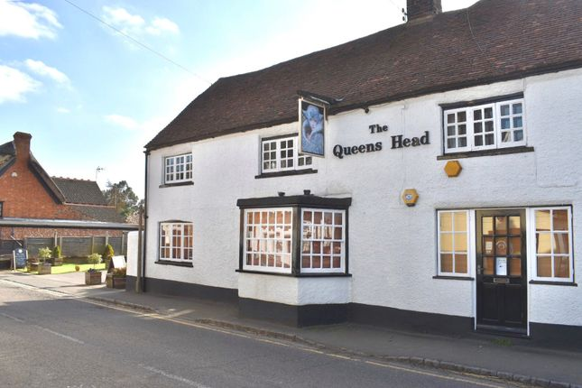 Thumbnail Pub/bar for sale in High Street, Wing