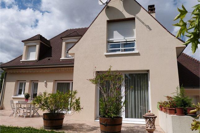 Thumbnail Detached house for sale in Île-De-France, Val-De-Marne, Thiais