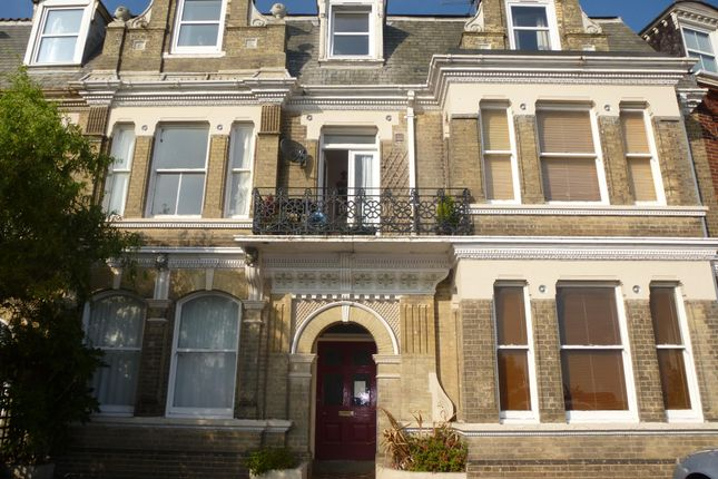 Thumbnail Flat to rent in Avondale Road, Gorleston, Great Yarmouth