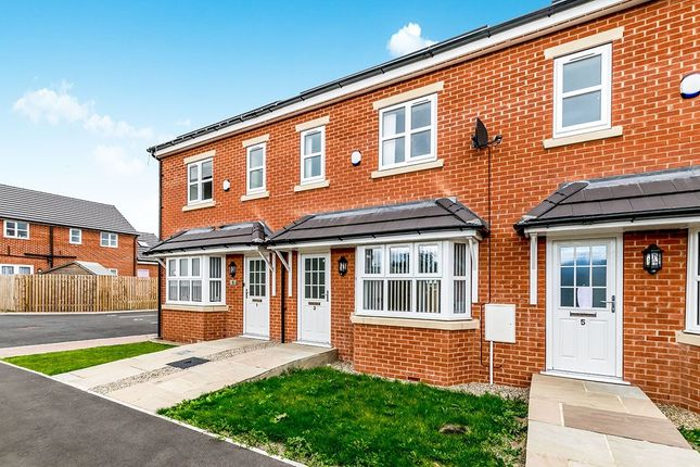 Thumbnail Terraced house to rent in Langbar Mews, Leeds