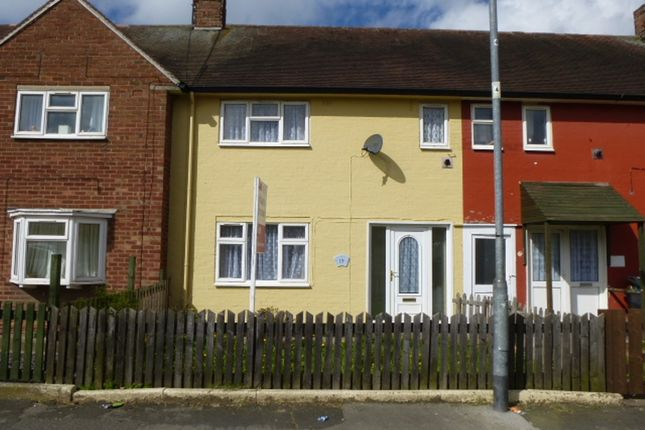 Thumbnail Terraced house for sale in Foss Grove, Hull