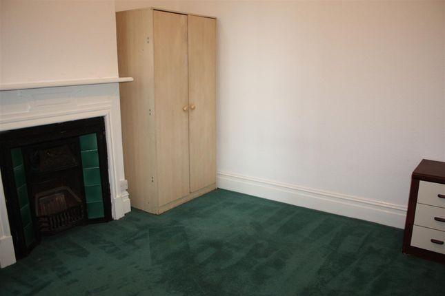 Thumbnail Flat to rent in Woodgrange Avenue, Ealing