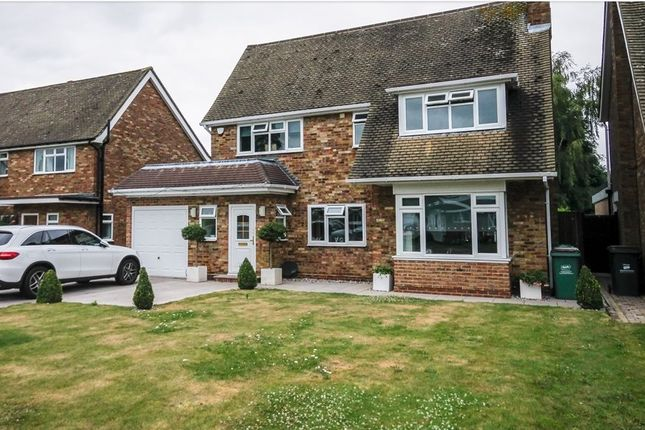 Thumbnail Property to rent in Weald Close, Bromley