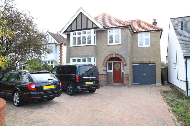 Thumbnail Detached house for sale in Hatfield Road, St. Albans, Hertfordshire