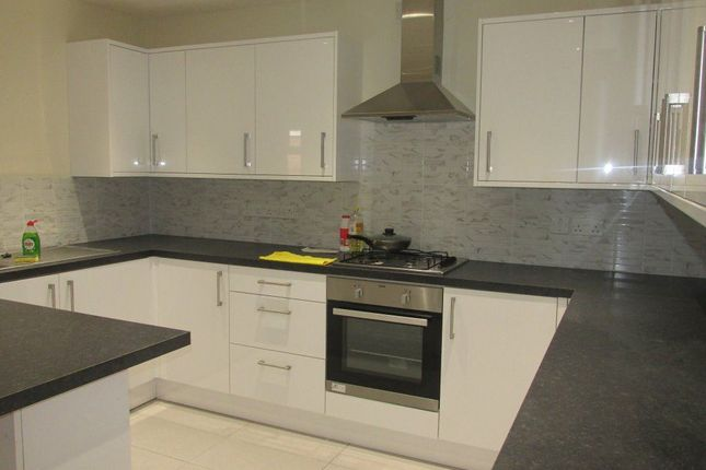 Thumbnail Terraced house to rent in Carver Road, London