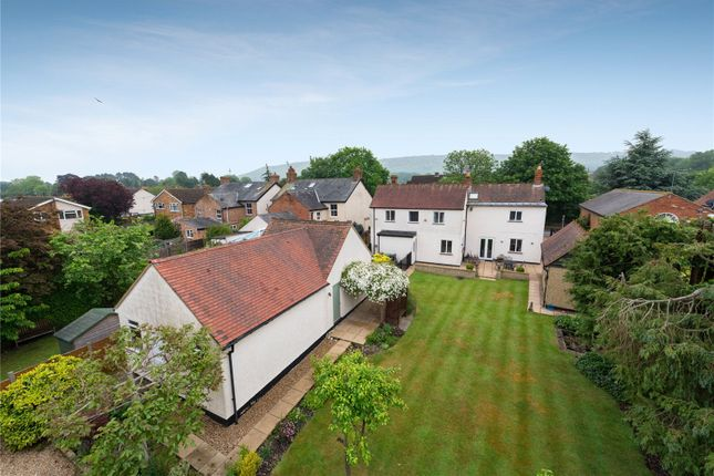 Thumbnail Detached house for sale in Lower Icknield Way, Chinnor, Oxfordshire