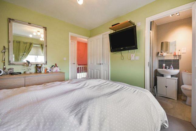 Master Bedroom of South Quarry Boulevard, Gorebridge EH23