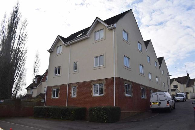 Thumbnail Flat for sale in Phoenix Close, Chippenham, Wiltshire