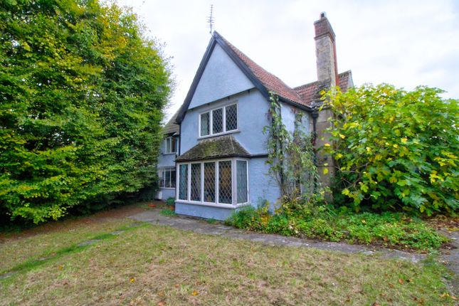 Thumbnail Detached house for sale in Church Walk, Devizes