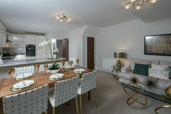 Thumbnail Property for sale in Botley, Hampshire