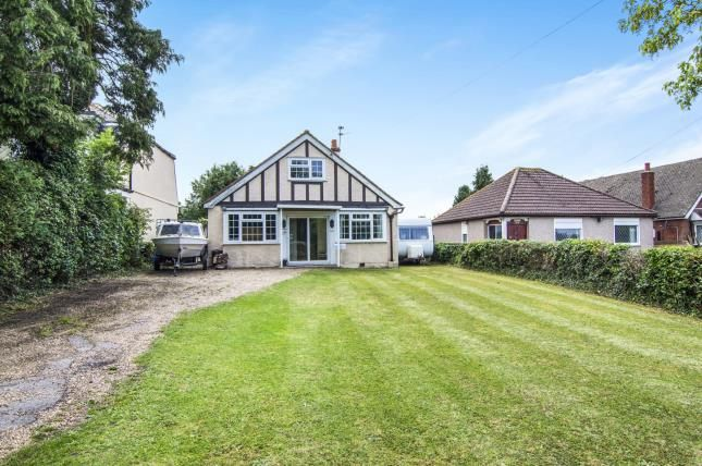Thumbnail Bungalow for sale in Epping, Essex