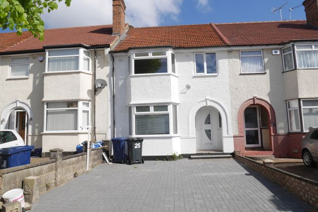 5 bedroom terraced house for sale in Cambridge Avenue, Greenford