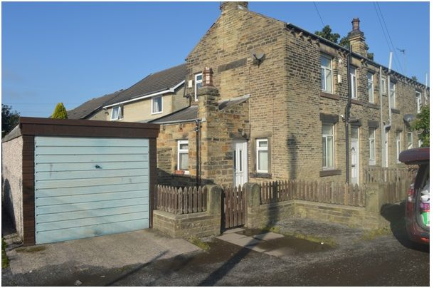 Thumbnail Terraced house for sale in Reservoir Place, Dewsbury