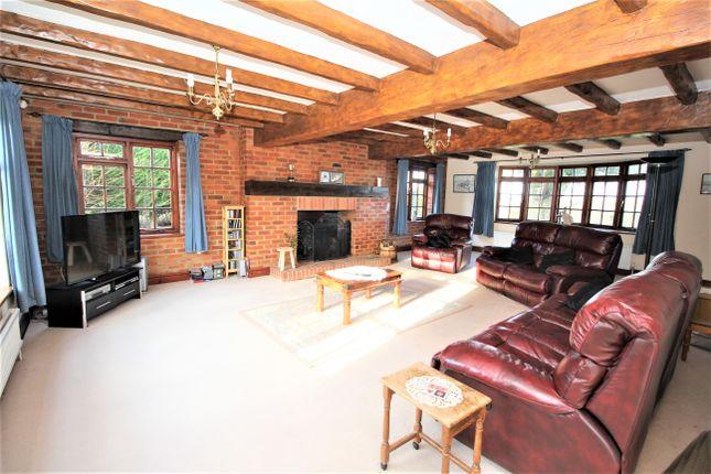 Sitting Room of Hall Lane, Upper Farringdon, Hampshire GU34