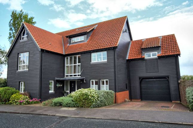 Thumbnail Detached house for sale in Eastfield Road, Laindon, Basildon