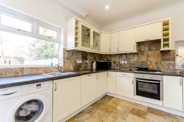 Thumbnail Property to rent in Hook Rise North, Surbiton