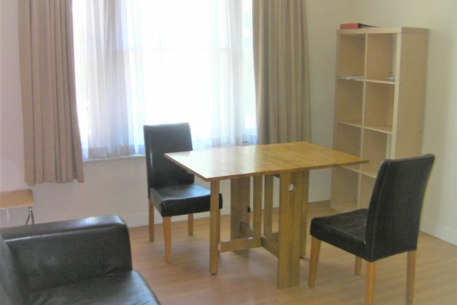 Studio to rent in Station Road West, Canterbury