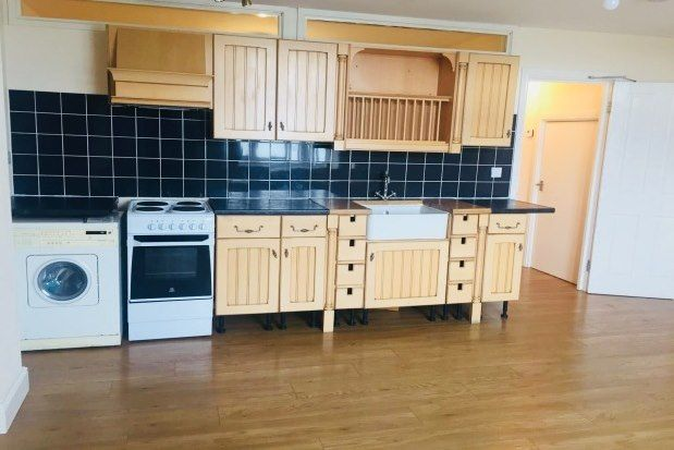 3 bed flat to rent in 137 Manchester Road, Altrincham WA14