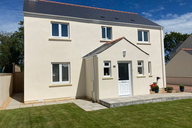 Thumbnail Detached house for sale in Leven Close, Hook, Haverfordwest