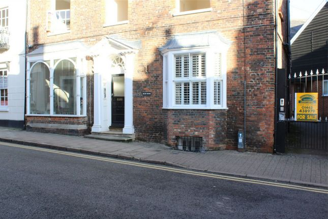 Thumbnail Flat for sale in 89 Tilehouse Street, Hitchin, Hertfordshire