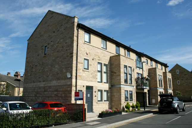 Thumbnail End terrace house to rent in Myrtle Square, Harrogate