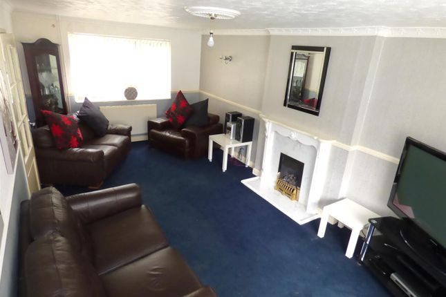 Lounge of Valley Road, Beeston, Nottingham NG9