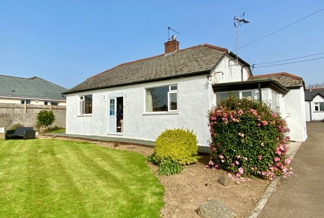 Thumbnail Bungalow for sale in Bodinnick Road, St. Tudy, Bodmin