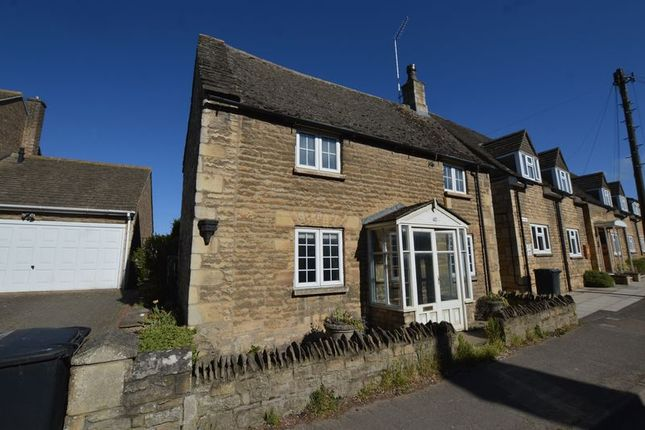 3 bed detached house to rent in High Street, Ketton, Stamford