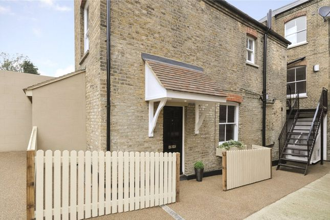 Thumbnail Flat for sale in Riverview House, St. Bartholomews Lane, Rochester, Kent