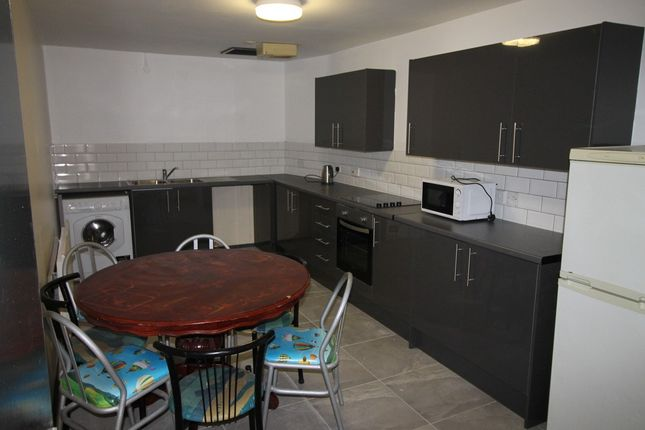 6 bed flat to rent in Ranelagh House, Liverpool