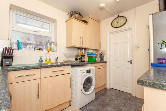 Kitchen of Manchester Road, Reading, Berkshire RG1