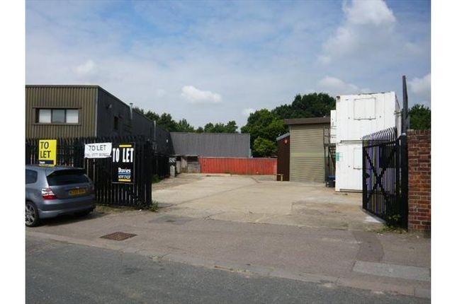 Thumbnail Warehouse to let in Burrowfields, Welwyn Garden City