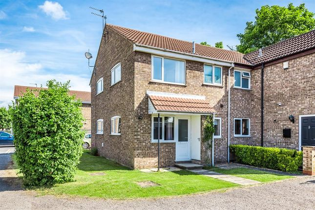 1 bed semi-detached house for sale in Sycamore Road, Barlby, Selby YO8