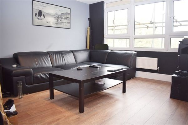 Thumbnail Flat for sale in The Plain, Epping, Essex