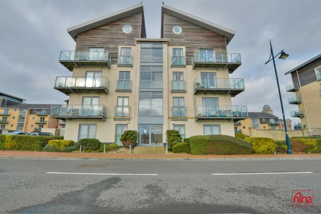 2 bed flat for sale in Cei Dafydd, Barry CF63