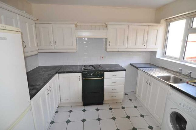 Thumbnail Terraced house to rent in North Road, Ashton Gate, Bristol