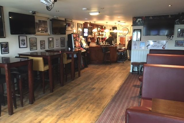 Thumbnail Pub/bar to let in St James Street, Walthamstow, London