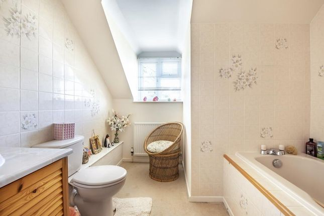 Family Bathroom of Woodstock, Oxfordshire OX20