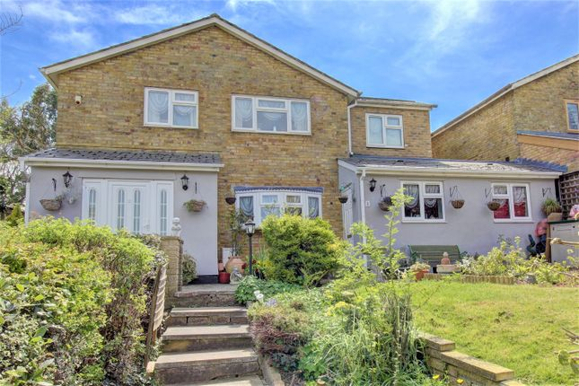 Thumbnail Detached house for sale in Sporhams, Basildon