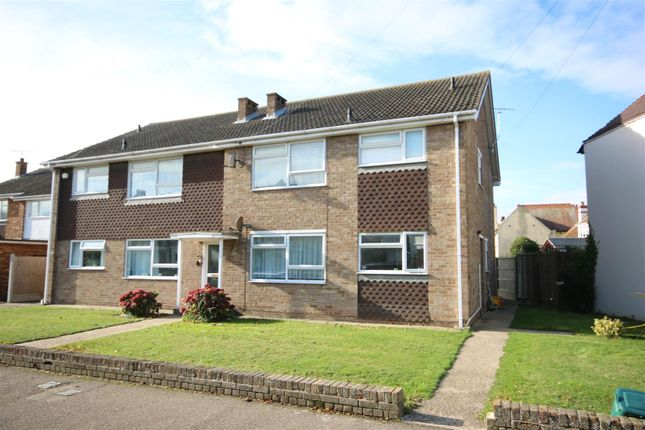 Thumbnail Flat to rent in Vista Road, Clacton-On-Sea