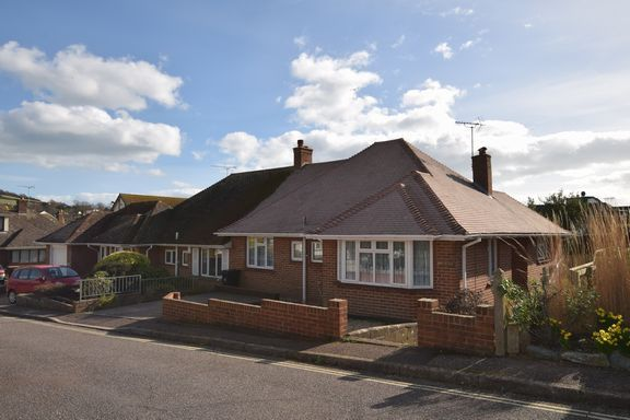 Thumbnail Semi-detached bungalow to rent in Connaught Close, Sidmouth