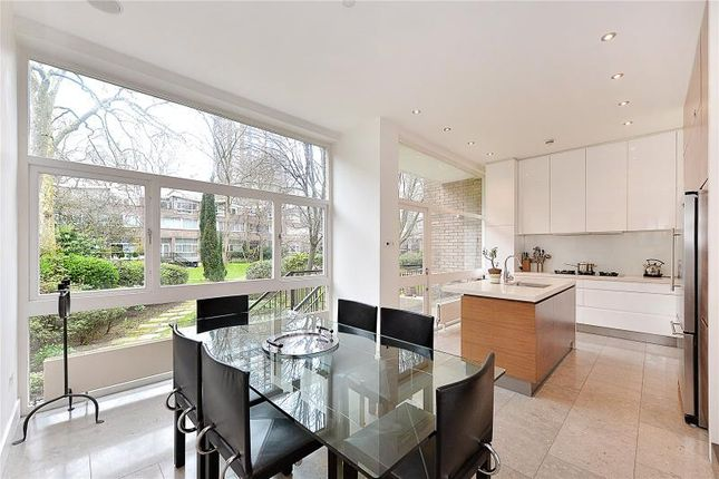 Thumbnail Terraced house for sale in Oxford Square, Hyde Park